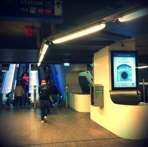 Het Liefdesatoom op Centraal Station te Amsterdam